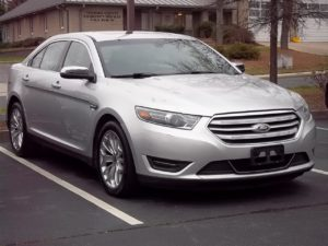 2015 Ford Taurus PreOwned for Sale